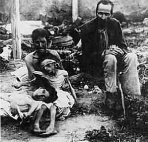 Familia ucraniana viviendo el Holodomor