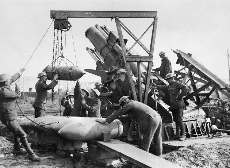 BL 15-inch Howitzer lanzando muerte en Ypres | Fuente