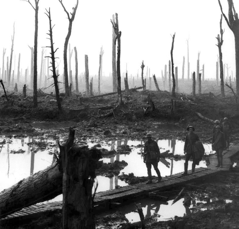 Así quedaban los frentes en 1917 tras las cortinas de fuego de artillería (Ypres) | Fuente