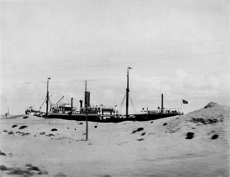 El Canal de Suez en 1917, una estampa idéntica a la que podemos ver en Lawrence de Arabia | Wikimedia Commons