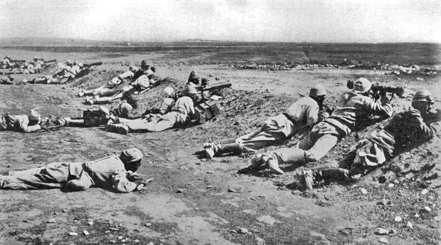 Turcos defendiendo una de las líneas en Gaza, 1917 | Wikimedia Commons