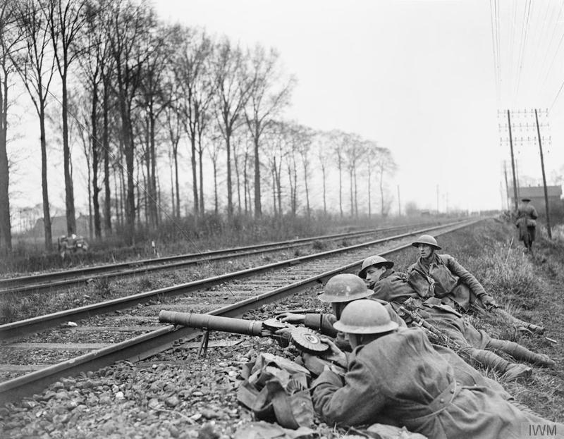 Los rápidos avances alemanes cambiaron trincheras por defensas improvisadas |Fuente