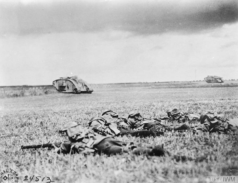 Tropas estadounidenses avanzan siguiendo a los tanques | Fuente