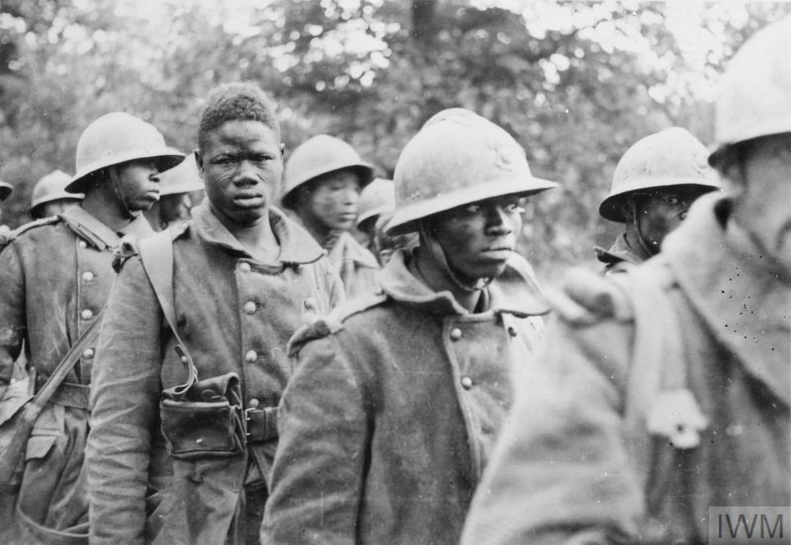 soldados coloniales